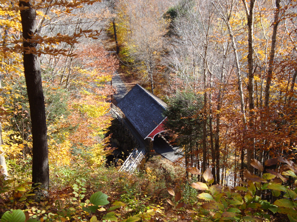Flume Covered Bridge im Francia Notch State Park