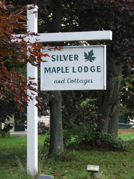 Silver Maple Lodge
