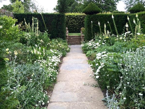 Weißer Garten Sissinghurst meine reisen jordanien usa europa neuseeland reiseberichte mit